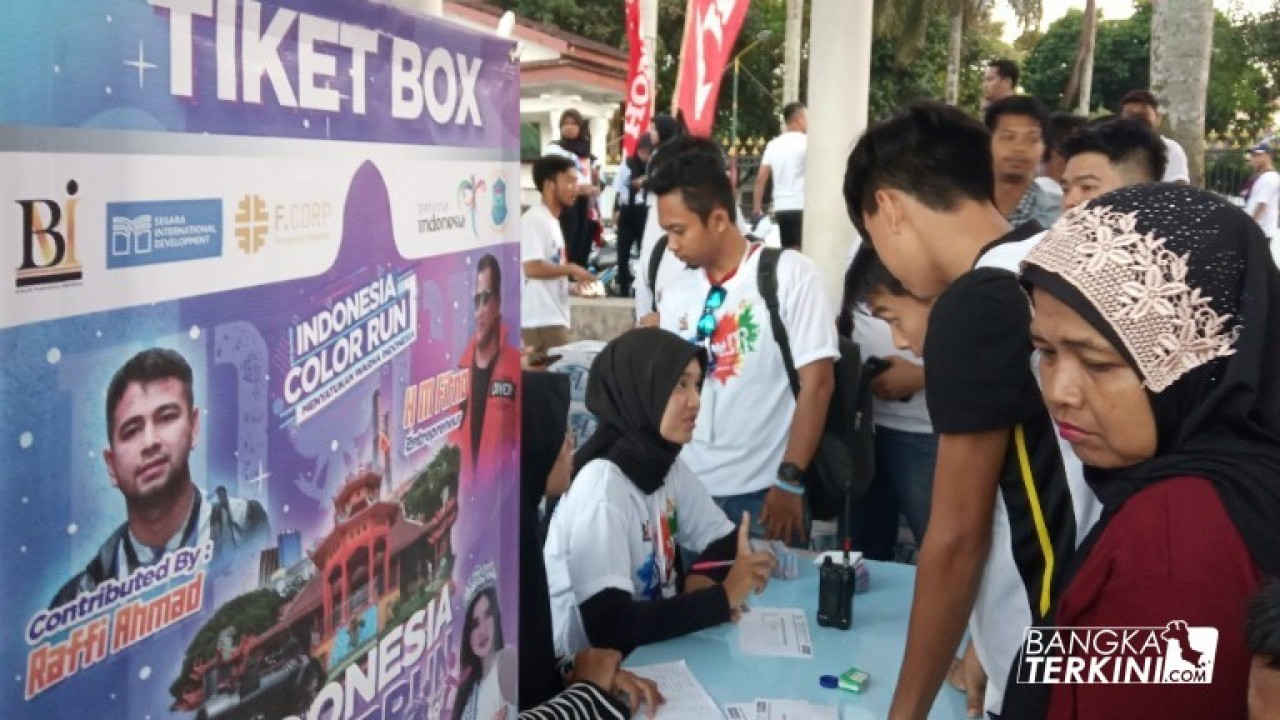 Registrasi peserta Indonesia Color Run Pangkalpinang, Minggu (30/06/2019). Foto: Bang Kini