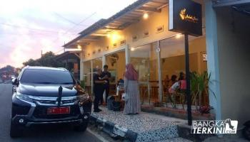 Makan di 'Sold Out Coffee And Aquatic' Molen : Rasa Bintang Lima, Harga Kaki 5